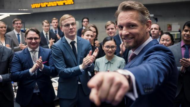 Duitse serie Bad Banks nagesynchroniseerd op NPO 1