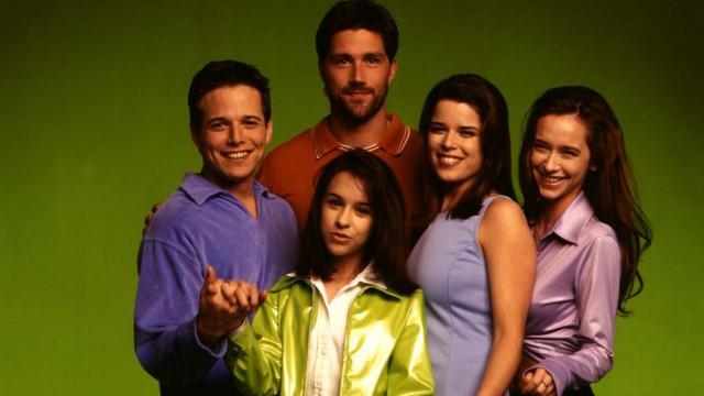 Freeform bestelt serie van reboot Party of Five